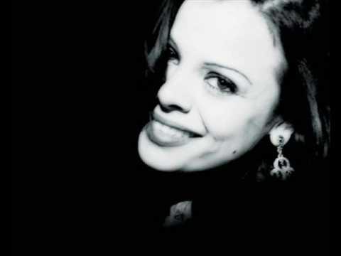 Photo of Annette Moreno – Corazon De Piedra