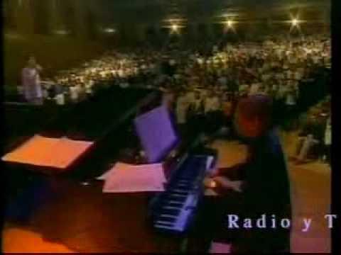 Photo of Video: Todo Poderoso Dios – Marcos Vidal