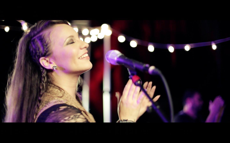 Christine D Clario - Rey - Video oficial
