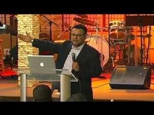 Los agujeros del alma, Parte I – Apostol Mario Rivera